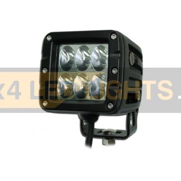 30W-os, 6 LED-es fényszóró, munkalámpa